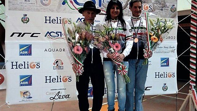 Gloria Fossaluzza è la regina del ciclocross Acsi